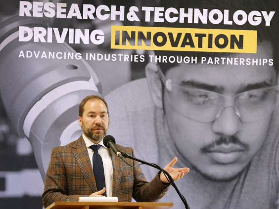 St. Clair College unveils 5G network; possibilities for auto, health care