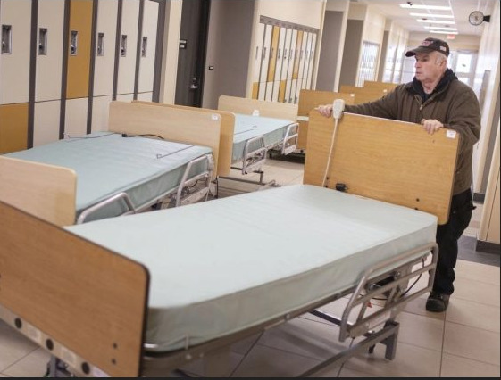 St. Clair College shipping critical supplies to hospitals